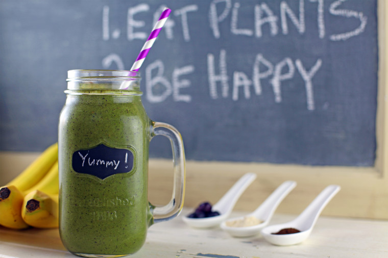 blueberry-muffin-green-smoothie