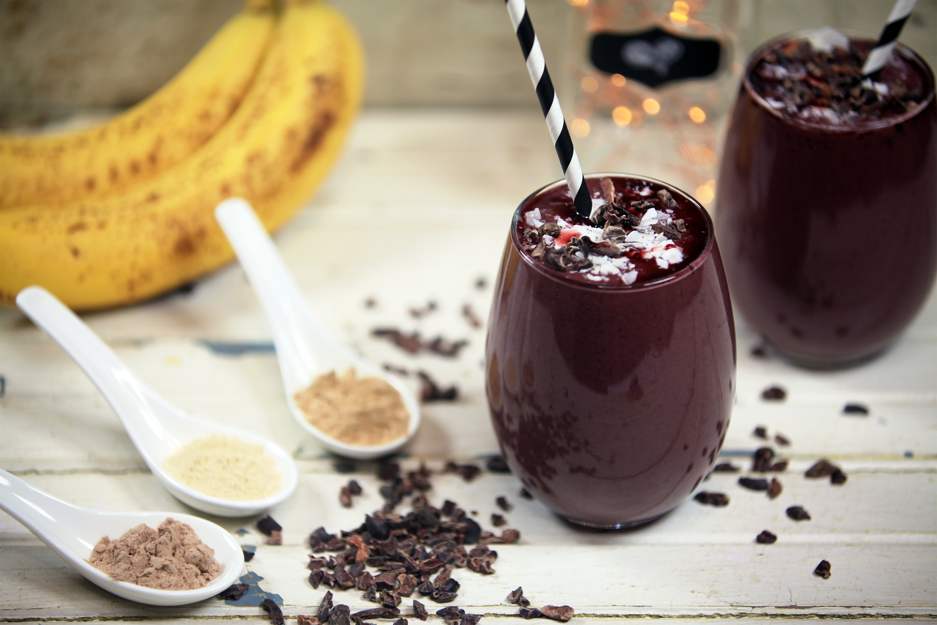Decadent Black Cherry Chocolate Raw Vegan Protein Smoothie ...