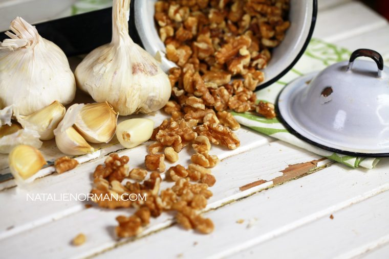 garlic walnut