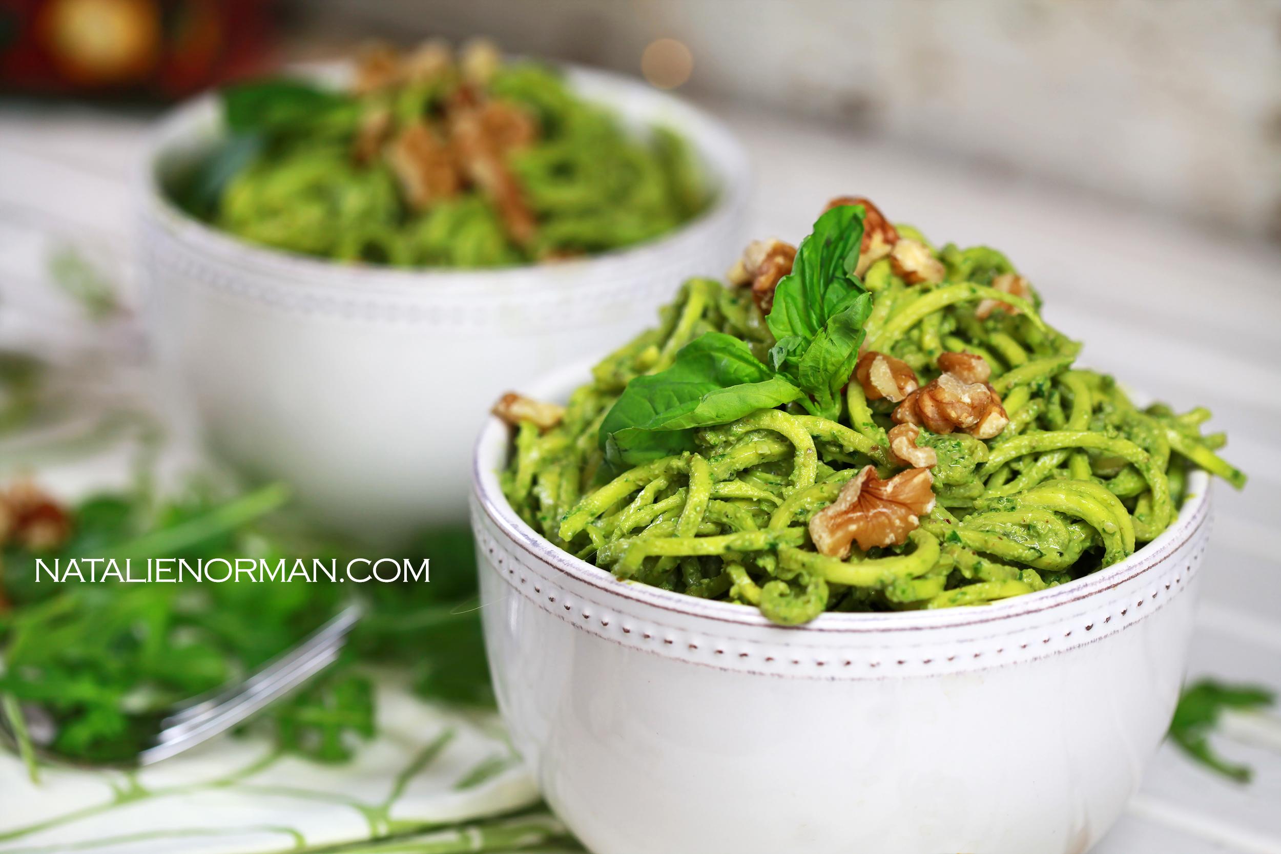 Fast and Easy Raw Vegan Meals: Walnut, Arugula and Basil Pesto