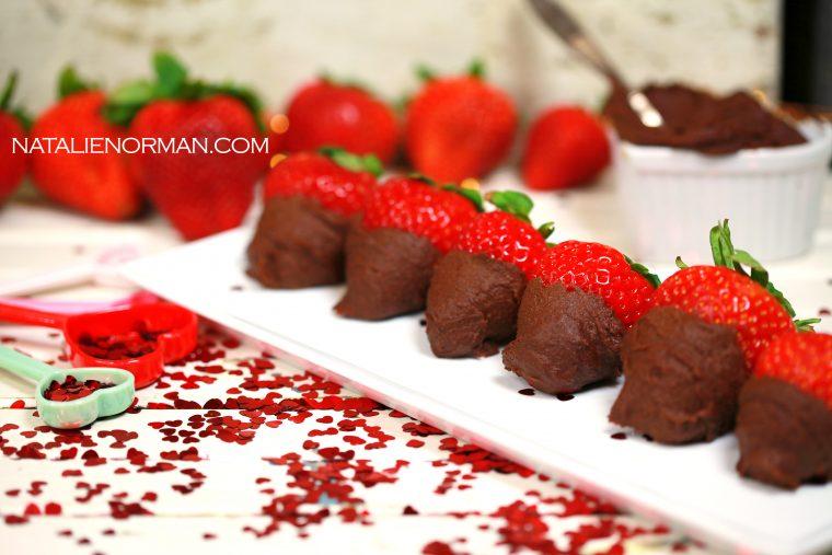 Easy Raw Vegan Fudge Dipped Strawberries
