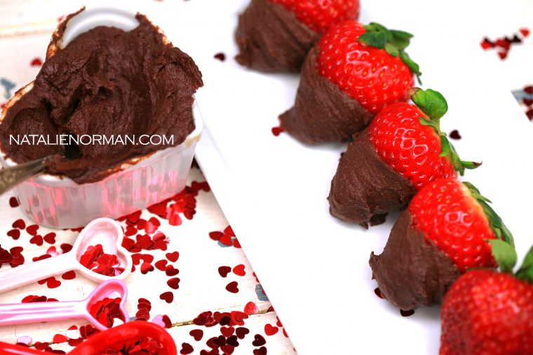 Easy Raw Vegan Fudge Dipped Strawberries